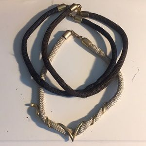 High Neck/ Choker-Like Necklace
